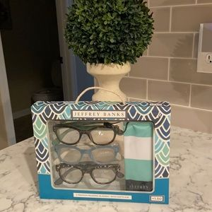 Reading Glasses- New with Tags…. Jeffery Banks